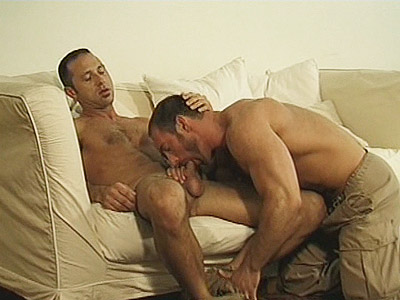 Bear hotties Eric Evans and Thomas Bond are spending time together, sitting on the couch making out and playing with their rock hard shaft. Things got heated up between the two and soon Eric and Thomas are totally naked while sucking off each others manhood.video